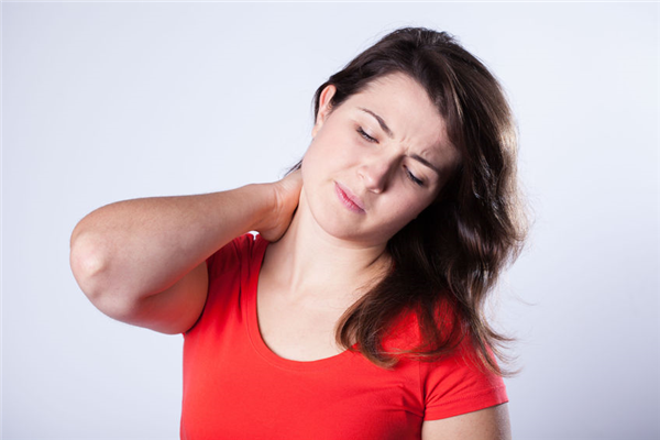 4 REASONS TO SEE A CHIROPRACTOR AFTER THE HOLIDAYS