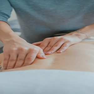 CHIROPRACTICS FOR BACK PAIN